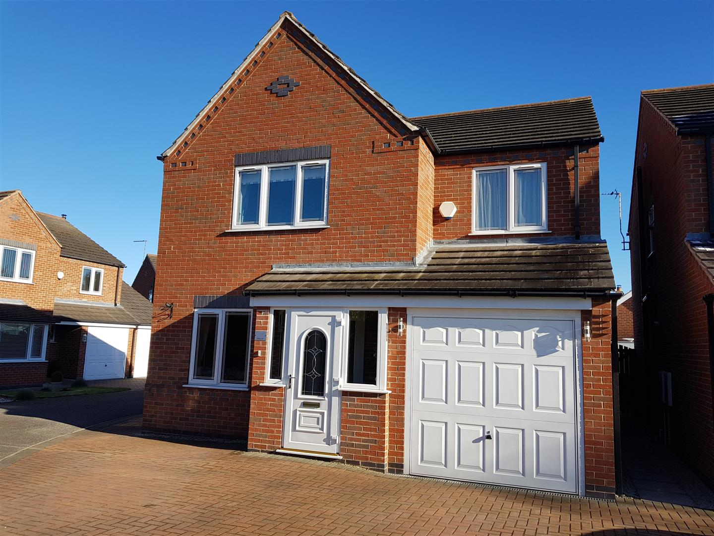 4 Bedrooms Detached House for sale in Ryecroft, Forest Town, Mansfield